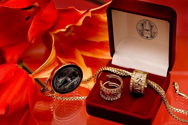 если поздравления к подарку ювелирные изделия золотая