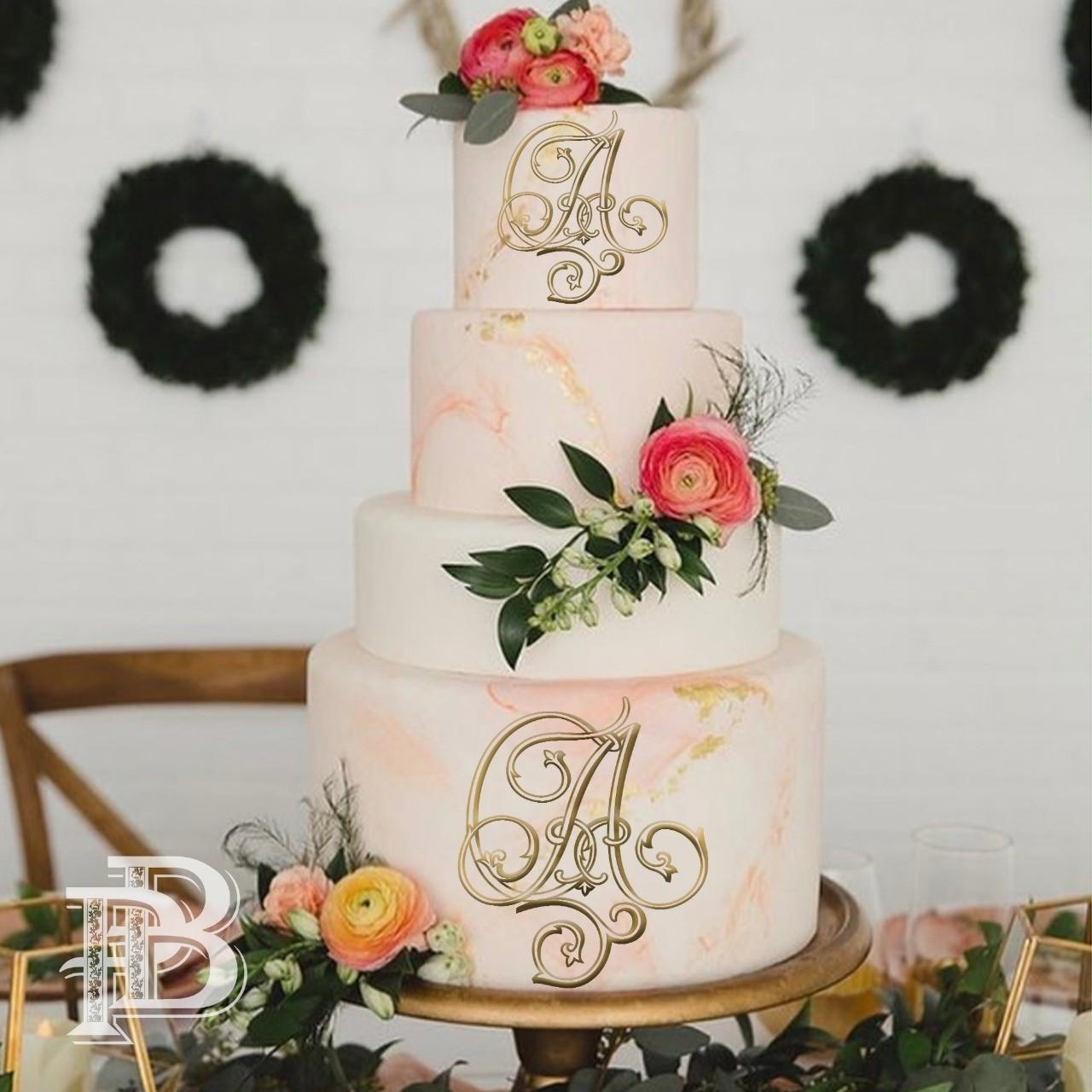 свадебная монограмма на торте
